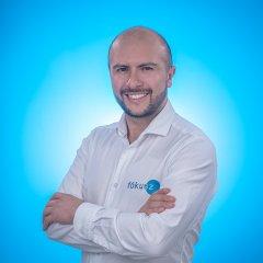 Carlos Briñez, Director General de Fókusz, Empresa de Fotografía y Video Corporativo en Bogotá y toda Colombia.