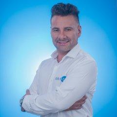 Julián Olaya, Maquillador y Asesor de imagen de Fókusz.